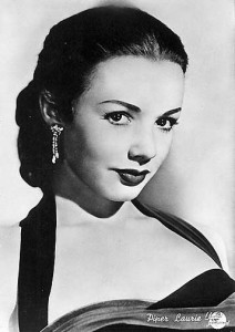 Piper Laurie_18